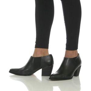23659fb5ba7f VINCE - NWT Hamilton Mid-Heel Ankle Booties